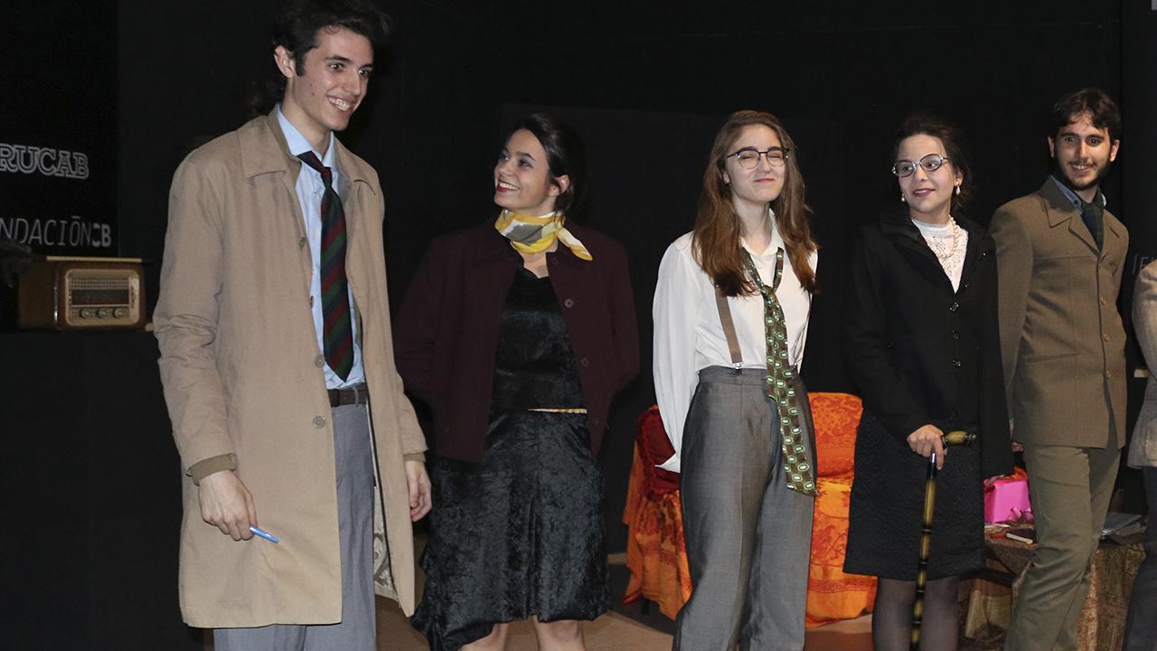paula bañez en el teatro