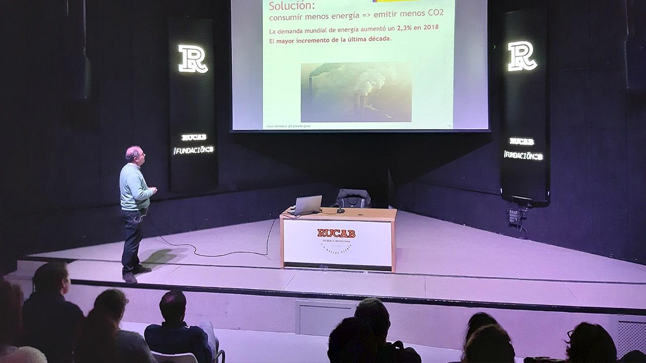 conferencia Crisis climática en la RUCAB