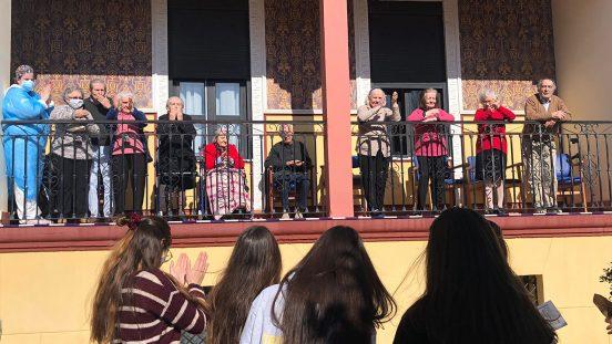 San Valentín Solidario en Residencia de Mayores Puente Real Palacios del Guadiana